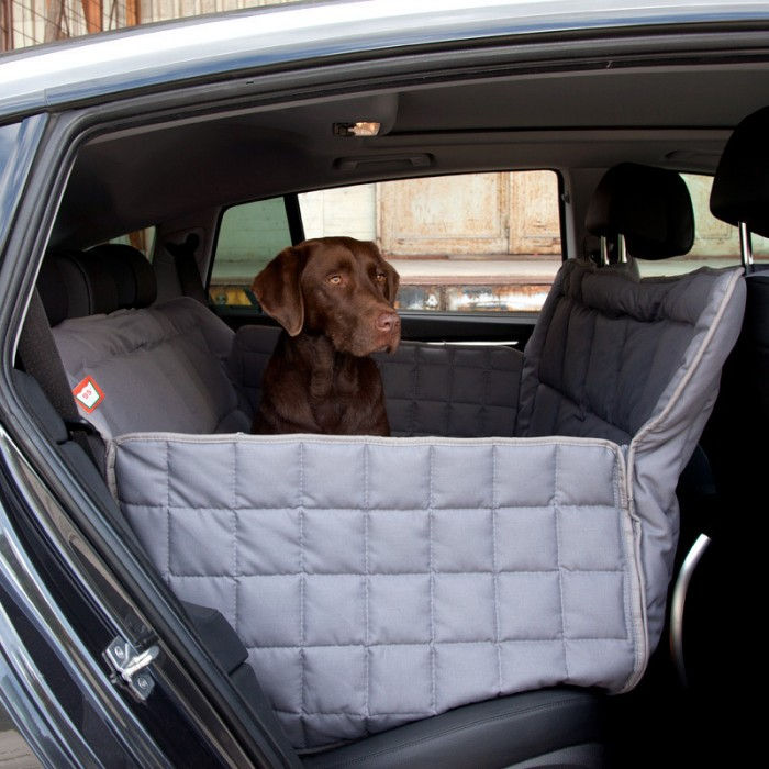 Doctor Bark 3-Car-Seat blanket